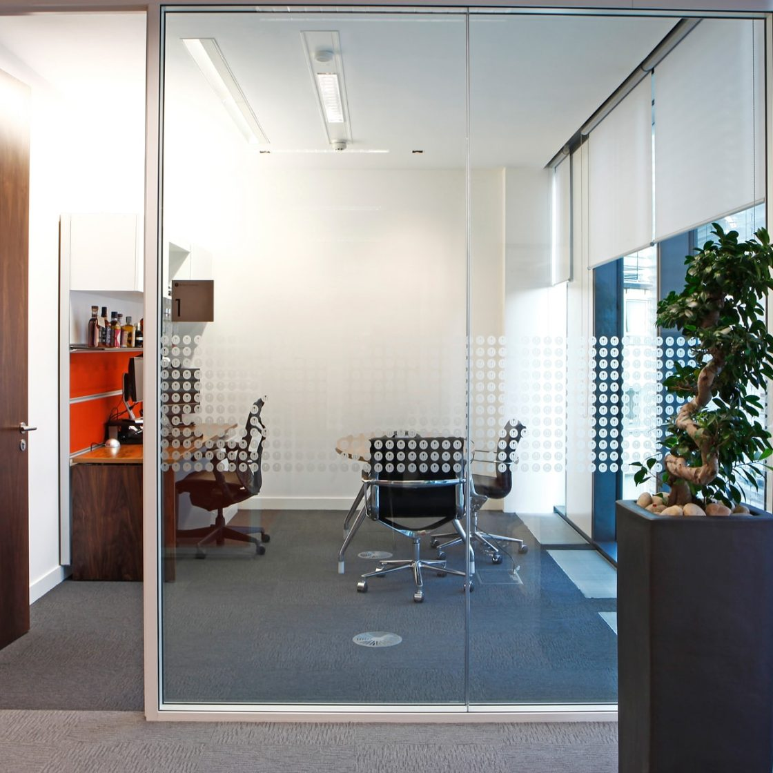 Working office | Workwall | Meeting room | Glass Partitions