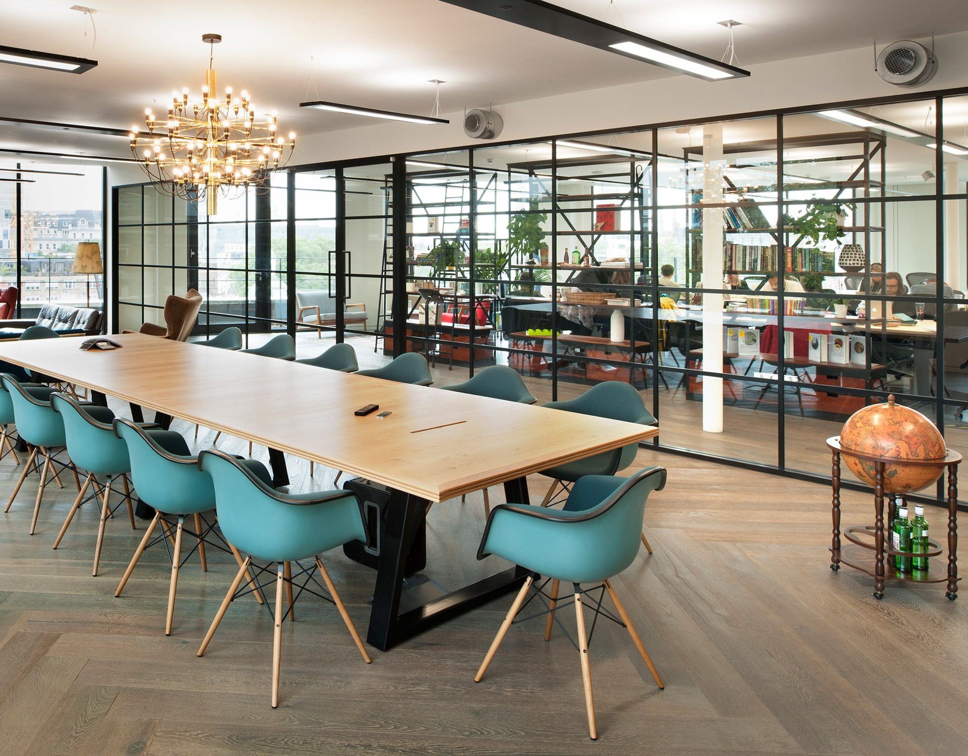 Industrial look | Crittall Glazing | Board room | Commercial |