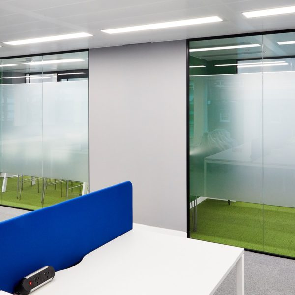 Office Fitout | Partitioning system | Glass | Acoustics | Meeting Rooms
