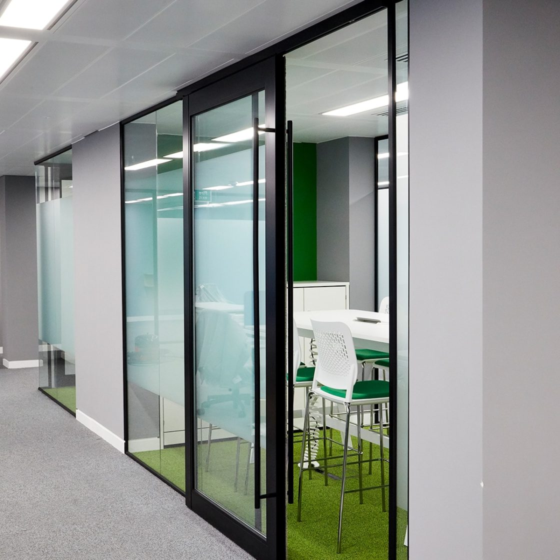 Double Glazed Partitioning | Office Fit-Out London | Sliding door | iWall 110